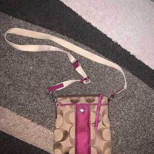 Coach Bags - Gently used Signature Coach canvas purse